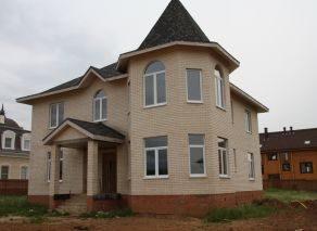 Дом к коттеджном поселке Апрелевка